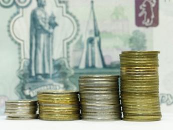 ЦБ второй день подряд сдвигает на 25 копеек вверх границы валютного коридора - «Финансы»