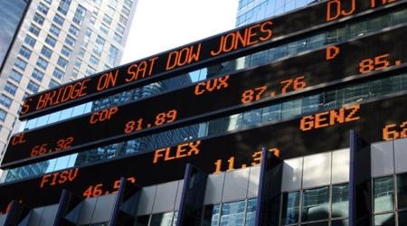 Dow Jones Industrial Average понес максимальные потери за 17 лет - «Финансы»