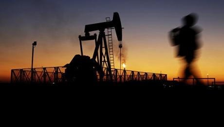 Стоимость нефти замедлила рост на данных по буровым установкам в США - «Финансы»