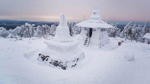 Судебные приставы готовы снести буддийский монастырь - «Финансы»
