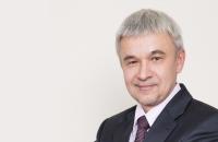 Валерий Чаусов: «Мы стоим на пороге глобальных перемен: конкуренция ИТ-продуктов должна уступить место конкуренции методик зарабатывания денег». - «Финансы»