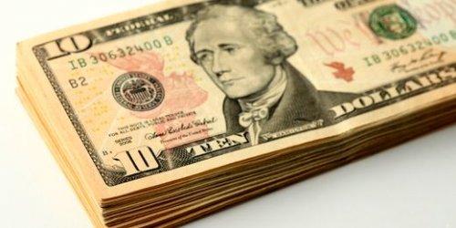 Доллар США смог подешеветь и упасть ниже 56 рублей - «Финансы»