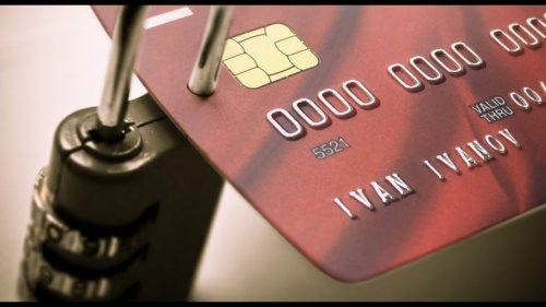 Как защитить свою банковскую карту  - «Видео -Альфа-Банк»