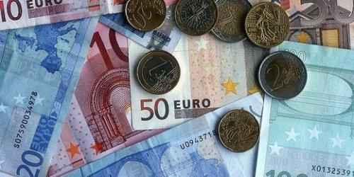 Курс евро преодолел уровень в 71 рубль - «Финансы»