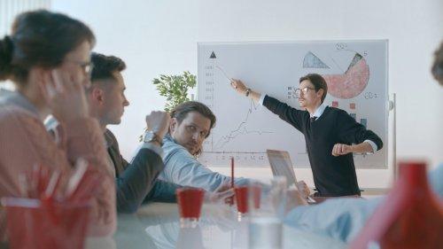 Контролируйте финансы бизнеса в приложении Альфа-Бизнес Мобайл  - «Видео -Альфа-Банк»