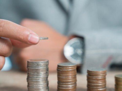 ВТБ увеличил выдачу кредитов физлицам до 1 трлн рублей - «ВТБ24»