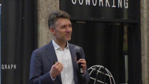 Лекция Максима Буева: «Креативные индустрии: двигатель экономики XXI века?» - «Видео - РЭШ»