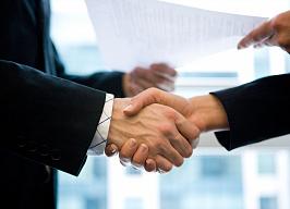 Новикомбанк открыл кредитную линию лизинговой компании «ТрансФин-М» на 3,7 млрд рублей - «Новикомбанк»