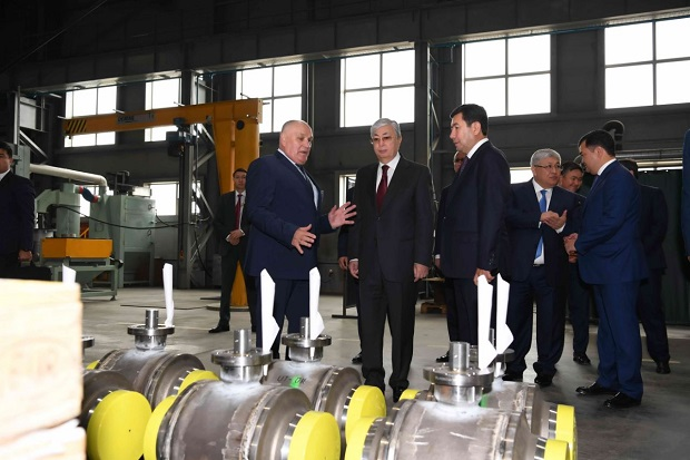 Президент посетил СЭЗ «Сарыарка» и логистический центр - «Экономика»