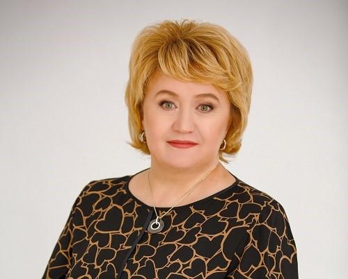 Татьяна Шилова: «Мы понимаем, что земля - лучший источник богатства, ведь это единственное, что кормит всех» - «Интервью»